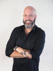Ken McGarrie, The Surprise Restaurant Manager